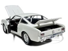 1966 SHELBY MUSTANG GT350 FASTBACK WHITE 1/18 SHELBY COLLECTIBLES SC174-1