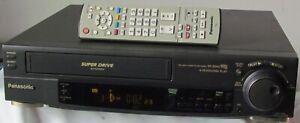 VHS-Videorecorder Panasonic NV-SD40 + Fernbedienung + Anleitung + Gewährleistung