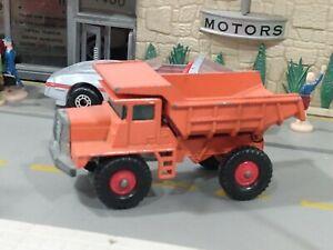 Lesney Matchbox Series #28 MACK DUMP TRUCK regular wheels nice!!!