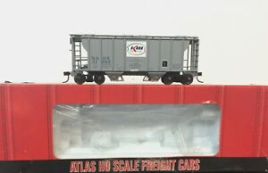 HO Atlas Trainman Kerr McGee 40 ft  Covered Hopper