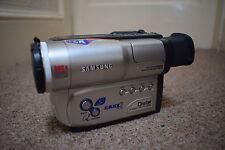 Samsung VP-W70U 8 mm Hi8 Zoom numérique 880x PAL Vidéo Caméra Enregistreur Caméscope