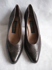 WALKERS WOMENS BROWN SLIP ON SYNTHETIC HIGH HEEL COURT SHOES SZ:6.5/39.5(WHS297)