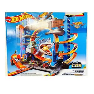 Hot Wheels Ultimate Garage Cars Play Set Megacity Loops Shark Toys Car Race