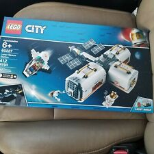 Lego City Lunar Space Station 60227- 412 Pieces NEW