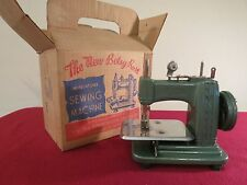 """VINTAGE 50'sMINIATURE """" BETSY ROSS """" CHILD's SEWING MACHINE W/BOX MADE IN U.S.A."""
