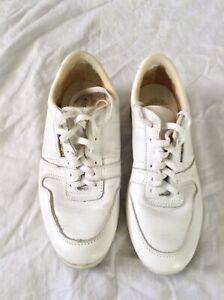 Vintage Brunswick Bowling Shoes Size 7 Mens White