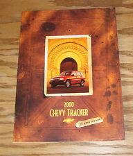 Original 2000 Chevrolet Tracker Sales Brochure 00 Chevy