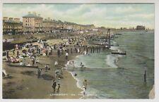 Suffolk postcard - Lowestoft on the Sands (A115)