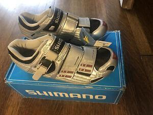 New-in-Box SHIMANO SH-R131S Carbon Road Bike Shoes 36EU, 22.5cm - Silver