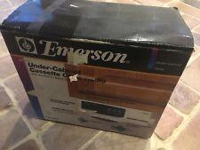Emerson Under-cabinet Clock/radio