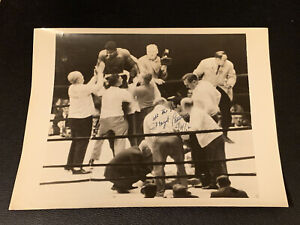 1962 Floyd Patterson Signed Photo JSA COA Vintage Boxing Autographed while champ