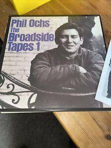 PHIL OCHS LP, The Broadside Tapes 1 (FOLKWAYS US Issue)