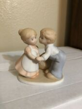 1991 Homeco - Circle of Friends - First Kiss - porcelain figurine