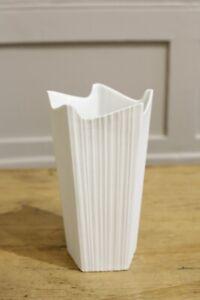 20th century White porcelain German vase #1