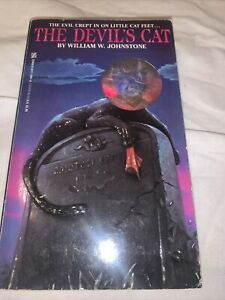 The Devils Cat By William W. Johnstone (paperback)