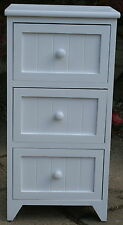 3 DRAWER WOODEN STORAGE UNIT / BEDSIDE TABLE / CHEST OF DRAWERS