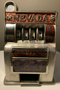 Vintage Antique Las Vegas Nevada Coin Toy Slot Machine ( READ DESCRIPTION)