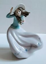 Lladro 5588 Blustery Day With Original Box *Mint Condition Retired Rare Figurine