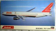 Hasegawa 10133: Boeing 767-300, Lauda-Air, Bausatz in 1/200, N E U & OVP
