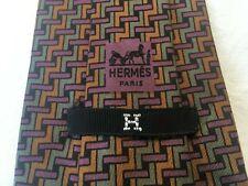 HERMÈS  -H- Krawatte Tie Cravate 403 EA 100% Seide Braun Grün Violett Schwarz