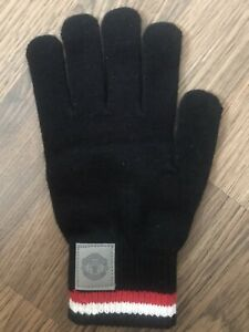 Manchester United Smart Touch Gloves (Brand new )