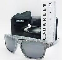 NEW Oakley Sliver Sunglasses Fingerprint White Black Iridium 9262-15 AUTHENTIC