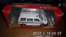 Majorette Super Maxi Monospace Police 1/32