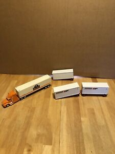VINTAGE K-LINE O SCALE SOUTHERN PACIFIC SEMI TRUCK & PIGGY BACK TRAILERS