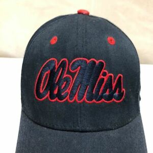 OLE MISS REBELS ADJUSTABLE STRAPBACK CAP/HAT