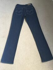 Femmes LEVIS BOLD CURVE straight STRETCH JEANS W27 L34 fab condition (546)