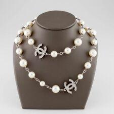 CHANEL Modeschmuck-Halsketten & -Anhänger mit Perle für Damen