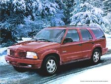 2001 OLDSMOBILE BRAVADA SUV Brochure / Catalog / Pamphlet with Color Chart