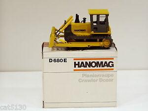 Hanomag D680E Dozer - 1/50 - Conrad #2453 - MIB