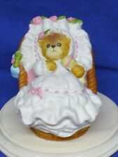 Enesco Lucy & Me Figurine Teddy Bear Baby Girl in Cradle Basket 1992 Lucy Rigg