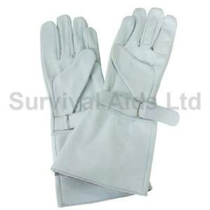 Flag Bearer Gauntlet Gloves, White Leather