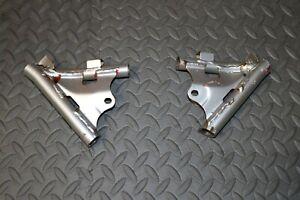 2 x OEM Yamaha Banshee rear pipe mount frame brackets LEFT + RIGHT 1987-2006