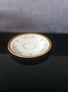 Royal Doulton  tea/soup/saucers x 6 in the Belmont pattern