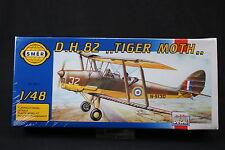 YD074 SMER 1/48 maquette avion0811 D.H.82 Tiger Moth