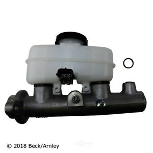 New Master Brake Cylinder  Beck/Arnley  072-9687