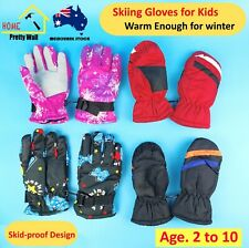 A Pair of Skiing Gloves Kids Children Winter Snow Outdoor Sports Windproof Warm