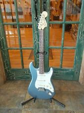 2017 Fender Deluxe Roadhouse Stratocaster Electric Guitar Mystic Ice Blue w/ Bag