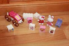 Unico - Hello Kitty Set mit 2 Figuren, Wagen, Stuhl und vielen Steinen Sammlung