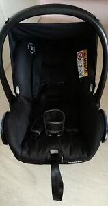 Maxi Cosi Citi Babyschale mit Fußsack und Regenschutz!