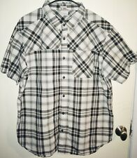 Columbia Regular Fit Button Front Shirt Men's Size XL Black Gray & White Plaid