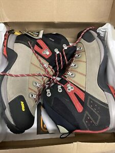 Asolo Fugitive gtx mens boots Size 10.5 Wide