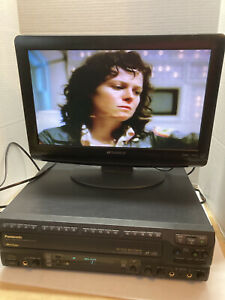 PANASONIC LX-K770 MULTI LASER DISC PLAYER MADE IN JAPAN With Alien Laser Disc