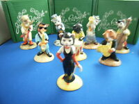 BOXED  CATS CHORUS BESWICK  SELECT FROM CC1 CC2 CC3 CC4 CC5 CC6 CC7 CC8 CC10