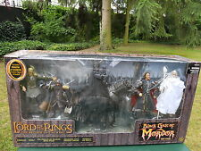 "TOY BIZ LORD OF THE RINGS LE SEIGNEUR DES ANNEAUX  "" BLACK GATE OF MORDOR "" MIB"