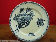 Jolie ancienne assiette, papillon, fleurs, Badonviller, Ecran