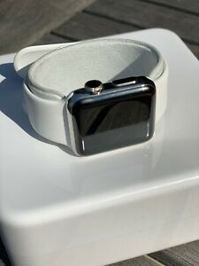 Apple Watch 2 white stainless steel